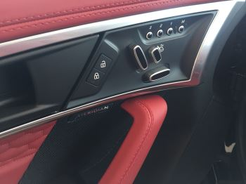 Jaguar F-TYPE 5.0 P450 Supercharged V8 First Edition SPECIAL EDITIONS image 7 thumbnail